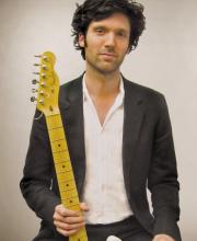 Rob Updegraff – Guitar