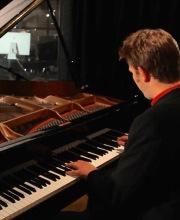 Hamish Balfour – Piano